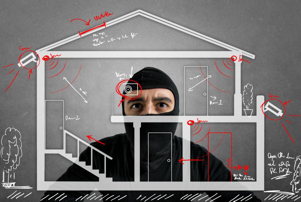 Confira dicas de segurança para o lar e viaje com tranquilidade
